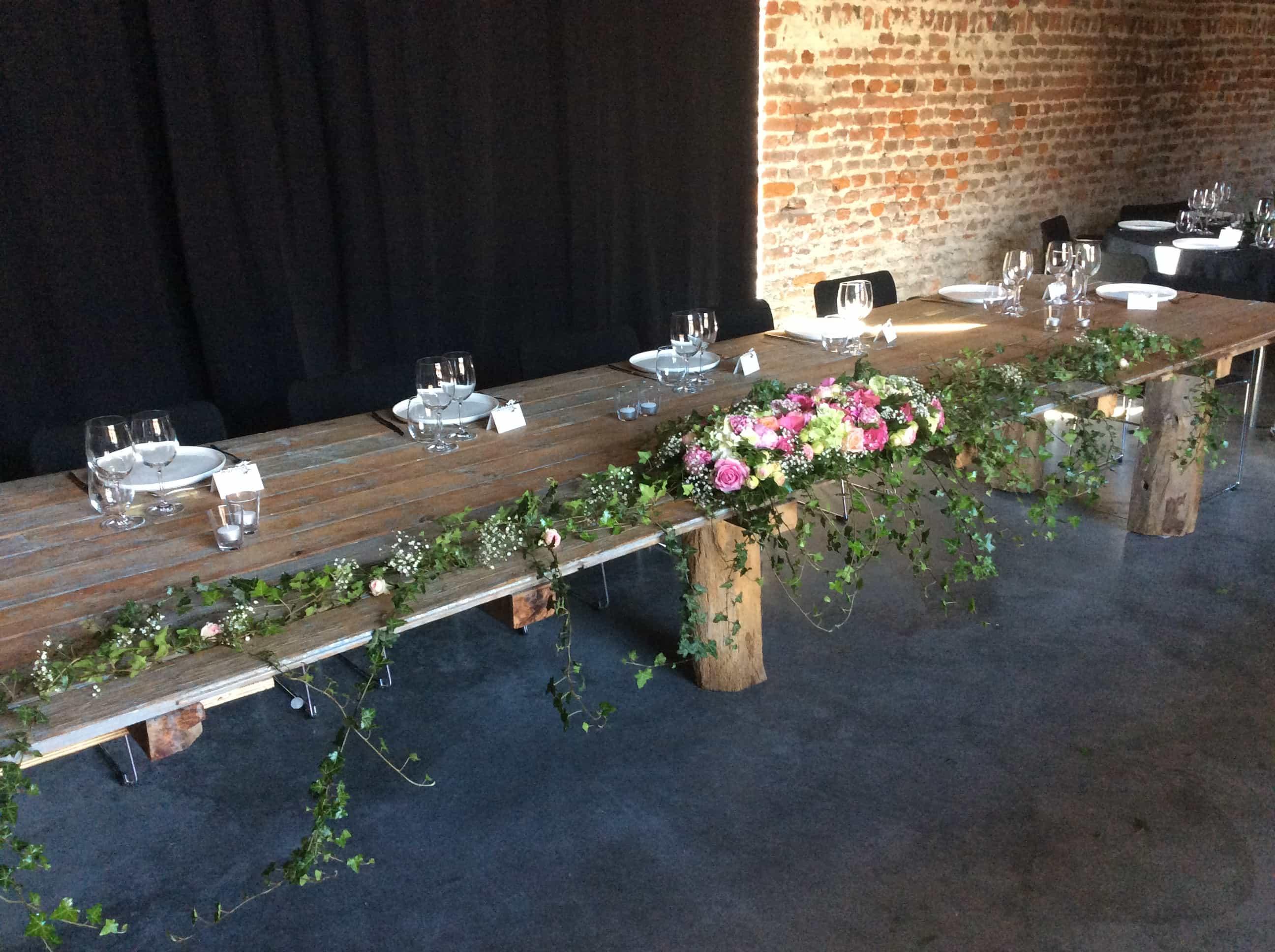 Huwelijksfeest (Montenaken) in de bloemen gezet door bloemen Blavier